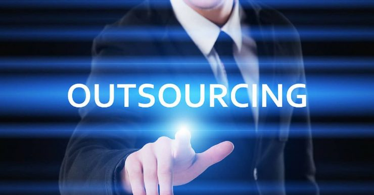 4-Common-Solutions-to-4-Common-IT-Outsourcing-Problems